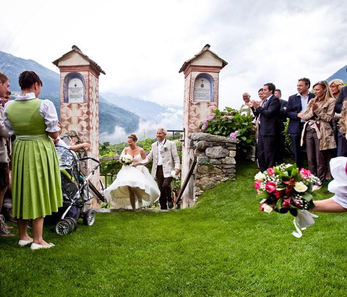 Matrimonio con Costumi tradizionali